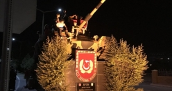 Great pictures from 15th of July Martyrs Bridge