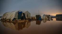Heavy rains hit camps in Idlib