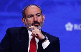 Armenian opposition urges PM Pashinyan to quit
