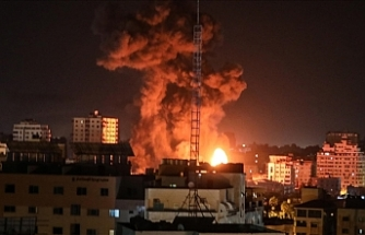 Israeli warplanes strike 12 buildings in Gaza