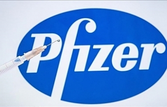 Pfizer raises vaccine sales forecast to $26B for 2021