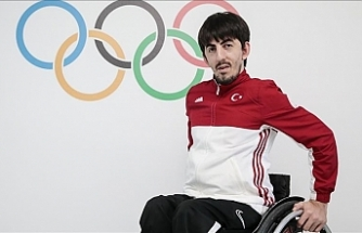 Abdullah Ozturk bags Turkey's 1st gold medal at 2020 Paralympics
