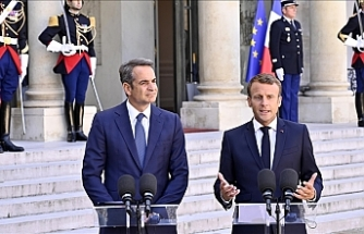 Greece, France ink deal for warships, enhanced security ties