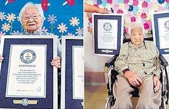 Japanese sisters declared world's oldest living identical twins