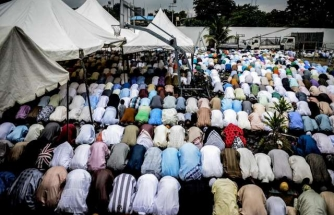 Millions of Indonesians celebrate Eid