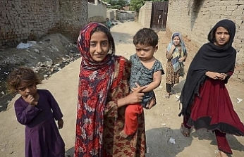 UN urges countries to ease family reunification for Afghans