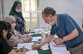 Algerians vote in first parliamentary elections since Bouteflika's exit