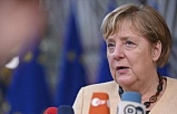 Germany's Merkel: Don't give up on 2-state solution
