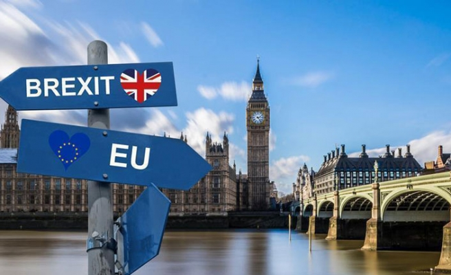 Brexit: UK ministers found in contempt of parliament