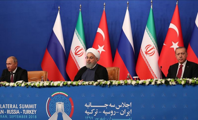 Summit in Tehran calls for political solution in Syria