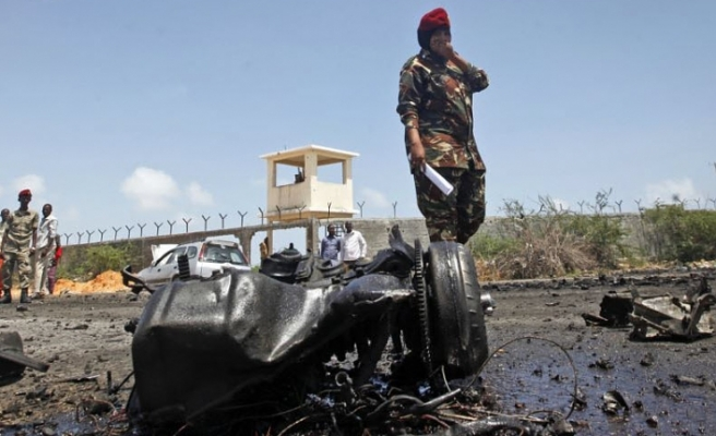 Car bomb blast kills 8 in Somali capital