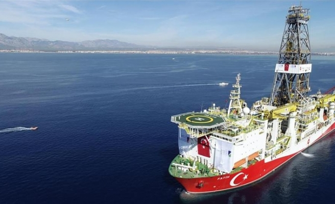 Turkey starts shallow water drilling in Med. Sea