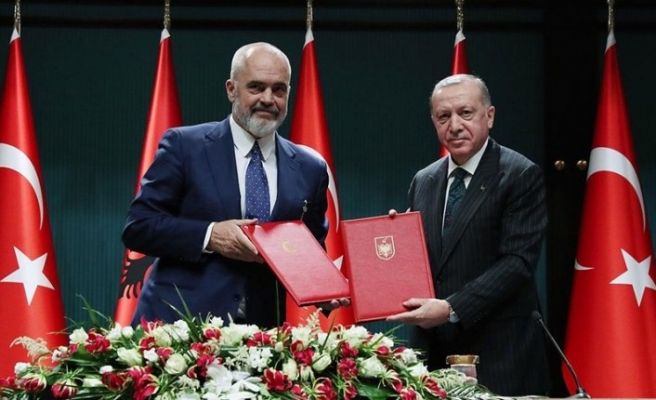 Turkey, Albania discuss defense cooperation