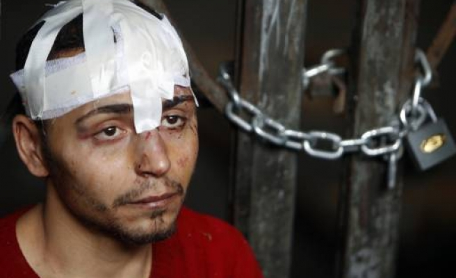Egypt's Suleiman conditions talks with end to protests