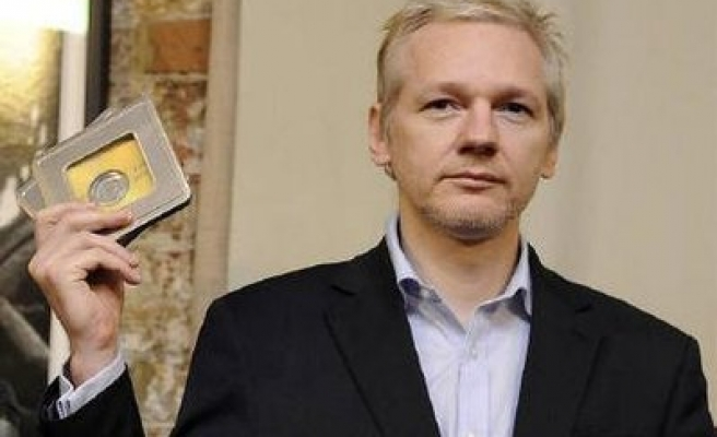 WikiLeaks' Assange faces extradition hearing in UK