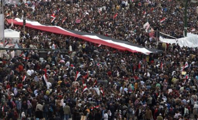 Egyptians stage big protest