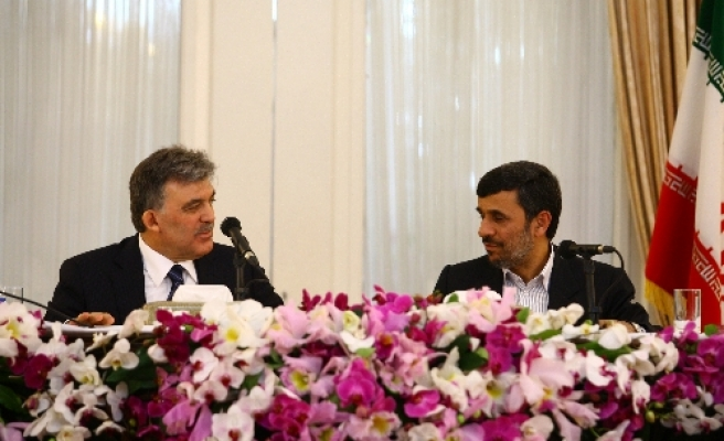 Turkey's Gul: Iran wants honorable solution