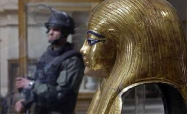 Some objects looted from Egypt museum found