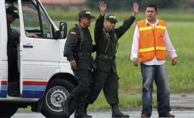 Colombia's FARC rebels free two more hostages