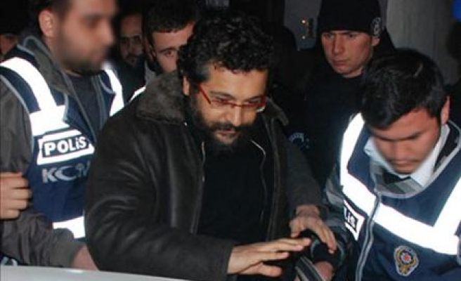 Turkish journalist charged with links to coup plot