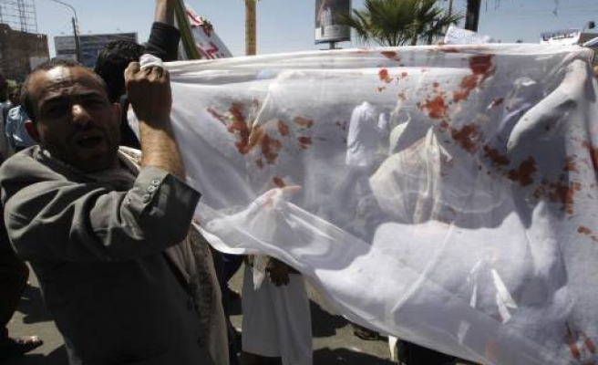 Anti-government protester killed in clash in Yemen