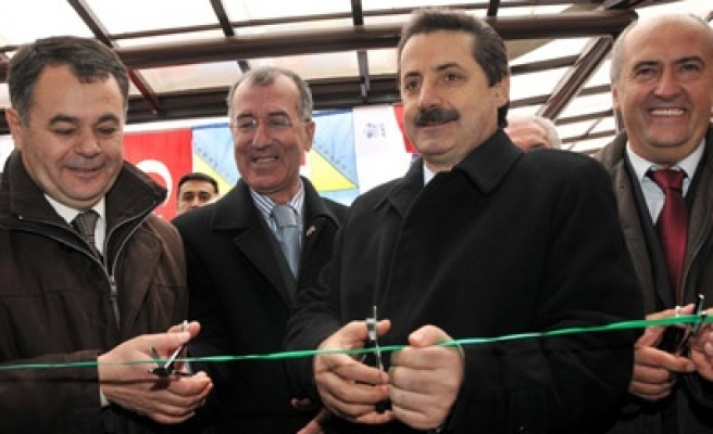 Turkish minister inaugurates spinal surgery center in Sarajevo