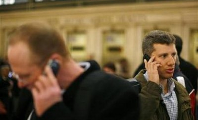 Cell phone calls alter brain activity: US study