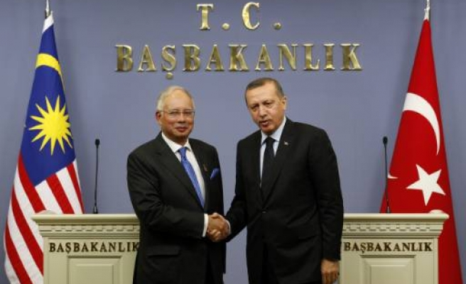 Turkey, Malaysia agree to lift visa requirements