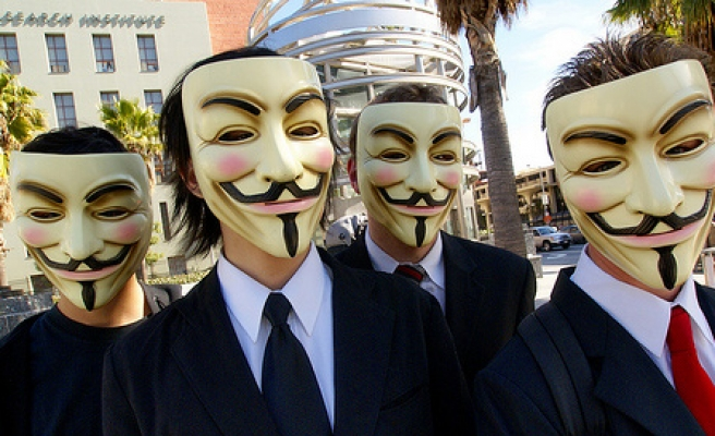 Anonymous 'to hack' Syrian government websites