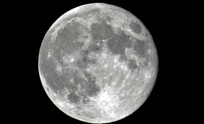 NASA spacecraft to probe the inside of the moon