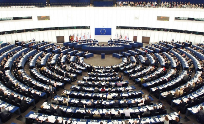 European parliament votes for compulsory 'made-in' labels