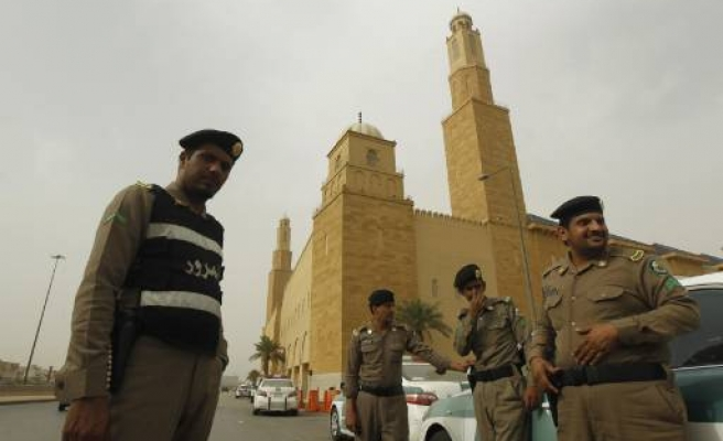 Saudi Arabia sentences five to death for 2003 attacks