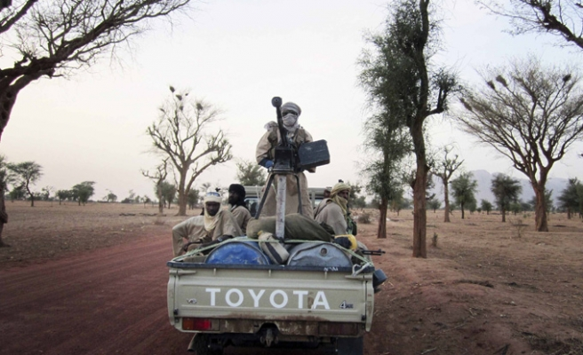 African Union reinstates Mali ahead of military action