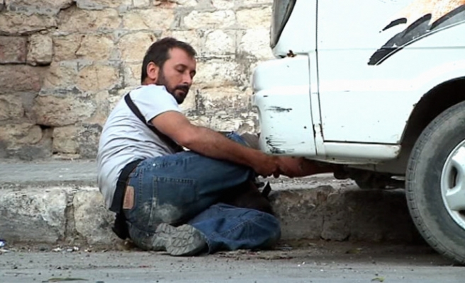 Footage of Turkish photo journalist shot in Syria released / VIDEO