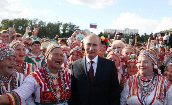 Putin says don't betray those who defeated fascism