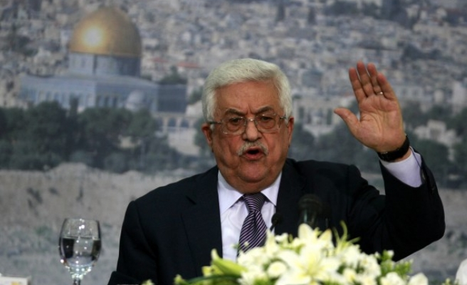 Palestinian leader says to ask for UN status despite threats
