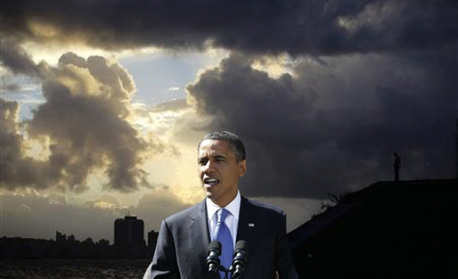 Obama returns to Washington to monitor storm