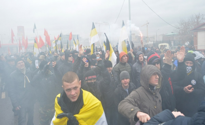 Russian racists protest migrants / VIDEO