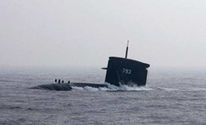 China submarines to soon carry nuclear weapons: draft US report