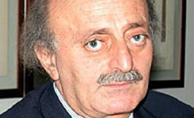 Lebanese leader expects transitional government in Syria