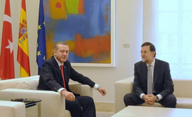 Turkish PM in Spain