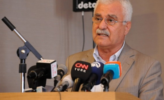 Syria opposition delays forming transitional government