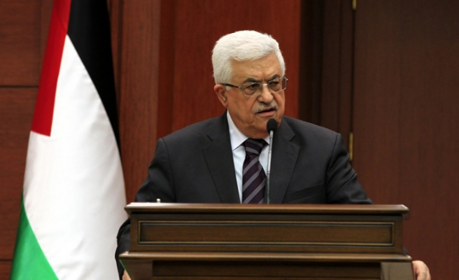 Abbas urges UN to help refugees in Syria to enter Palestine