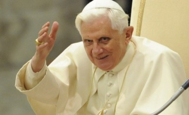 Ex-pope Benedict at papal ceremony