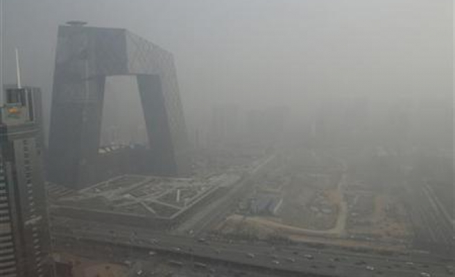 China plans to accelerate investment to tackle dire pollution