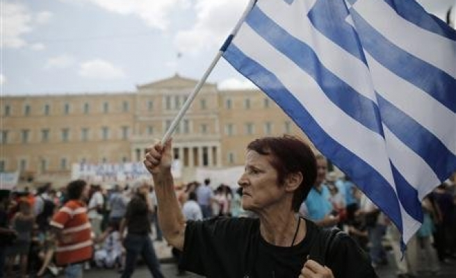 Greece unemployment up to 28%