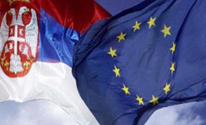 Journalists given guide on Serbia's EU process