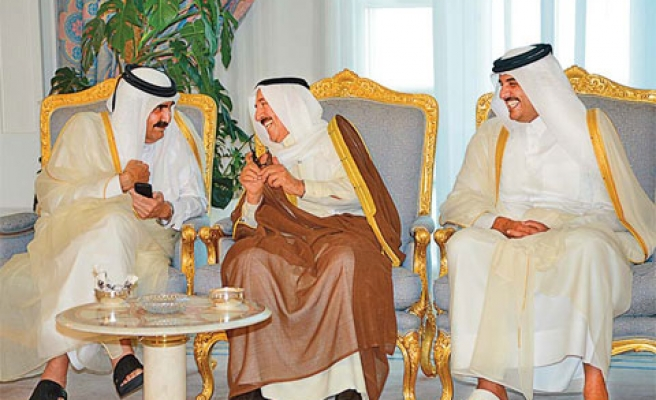Kuwait to mediate between Qatar and Gulf states