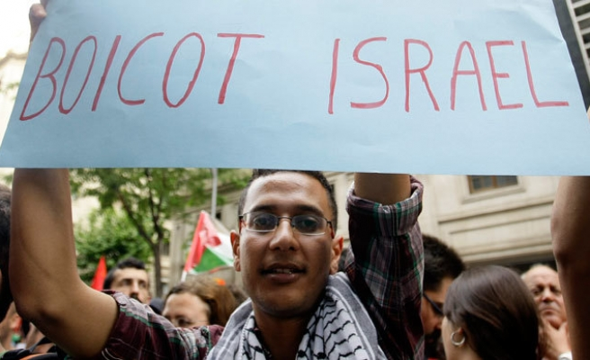 Pro-Israeli lobby attempts to hit back at boycotts