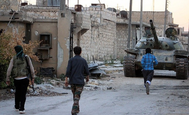 Hundreds killed as ISIL gain ground in east Syria
